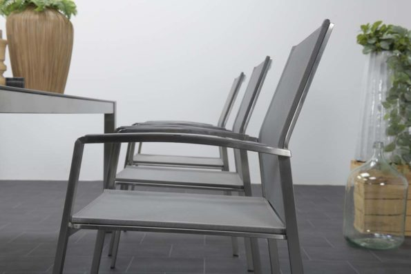 katewell-garden-impressions-andermatt-fotel-0139-6