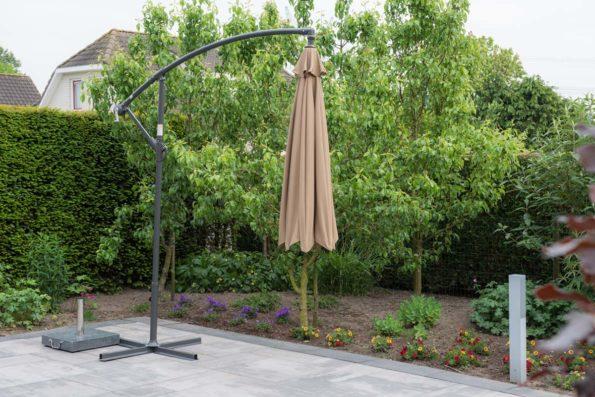 katewell-garden-imressions-athene-parasol-0244-2