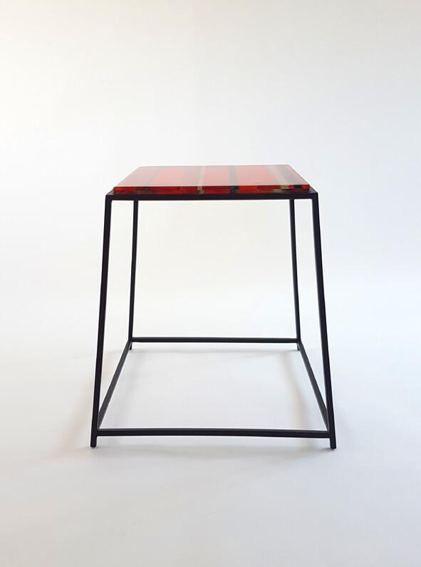 katewell-stolik-redsquare-2401
